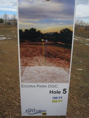 Edora Park, Main course, Hole 5 Hole sign