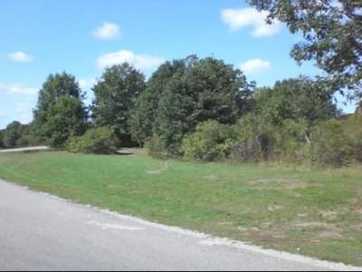 Northend Riverside Park, East course, Hole 1
