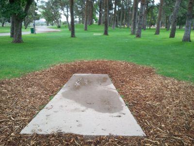 Pueblo City Park, Main course, Hole 5 Long tee pad