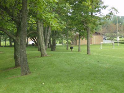 Lake Township Park, Main course, Hole 6 Tee pad