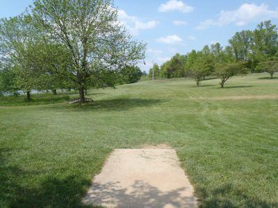 Cane Creek Park, Main course, Hole 8 Tee pad