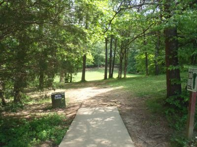 Cane Creek Park, Main course, Hole 10 Tee pad