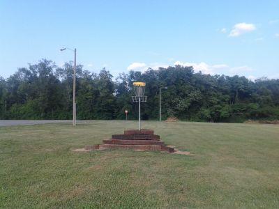 Triple Creek Park, Main course, Hole 18 Short approach