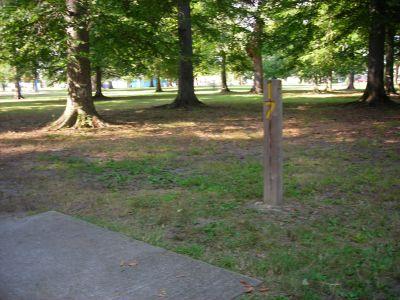 Borden Park, Main course, Hole 17 Tee pad