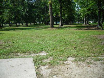 Borden Park, Main course, Hole 9 Tee pad