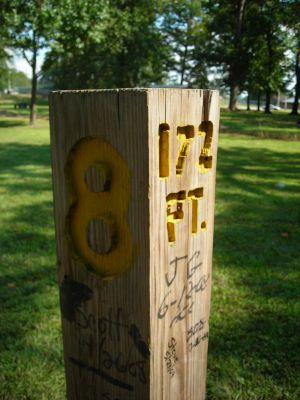 Borden Park, Main course, Hole 8 Hole sign