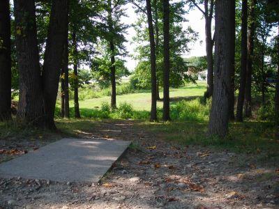 Borden Park, Main course, Hole 15 Tee pad