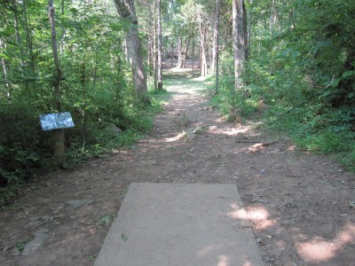 Warriors Path State Park, Main course, Hole 3 Tee pad