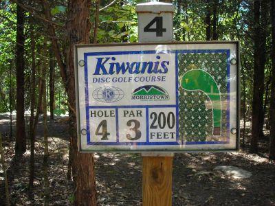Morristown Kiwanis DGC, Main course, Hole 4 Hole sign
