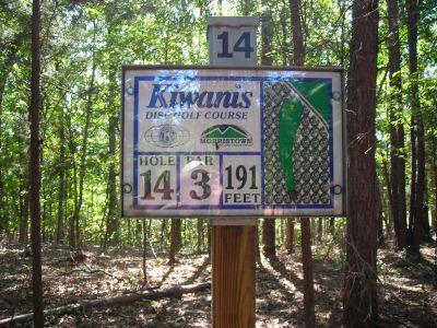 Morristown Kiwanis DGC, Main course, Hole 14 Hole sign