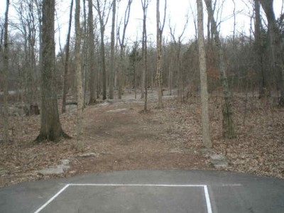 Barfield Crescent Park, Main course, Hole 4 Tee pad