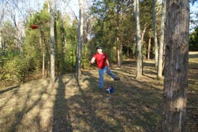 Cedar Hill Park, Main course, Hole 6 Midrange approach