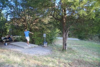 Cedar Hill Park, Main course, Hole 15 Tee pad
