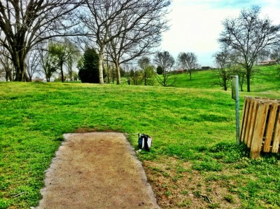 Two Rivers Park, Main course, Hole 16 Tee pad
