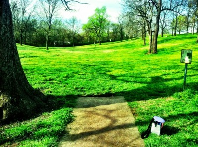 Two Rivers Park, Main course, Hole 6 Tee pad