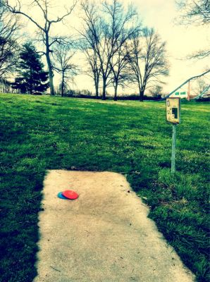 Two Rivers Park, Main course, Hole 17 Tee pad
