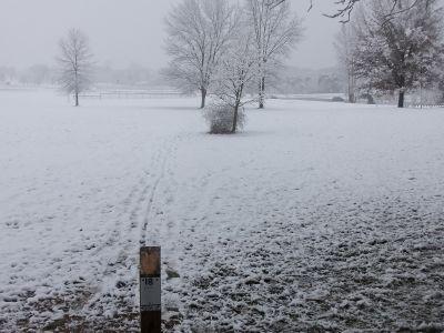 Cascade Township Park, Main course, Hole 18 Tee pad