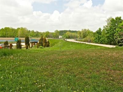 Cascade Township Park, Main course, Hole 5 Tee pad