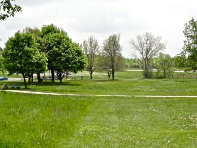 Cascade Township Park, Main course, Hole 9 Tee pad