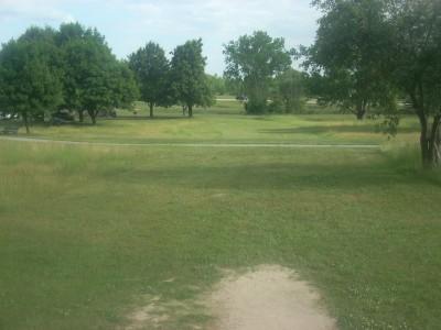 Cascade Township Park, Main course, Hole 9