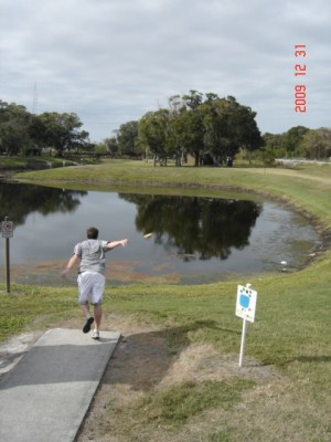 Cliff Stephens Park, Main course, Hole 10 Tee pad
