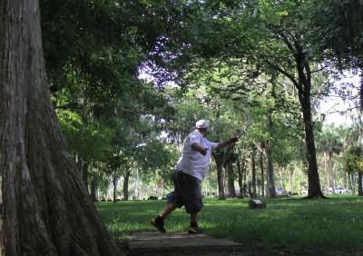 Tuscawilla Park, Main course, Hole 8 Tee pad