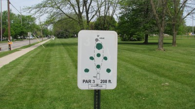 Lincoln Park, Main course, Hole 3 Hole sign