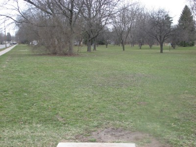 Lincoln Park, Main course, Hole 5 Tee pad