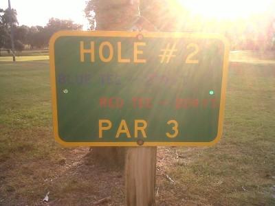 Floral Park, Main course, Hole 2 Hole sign