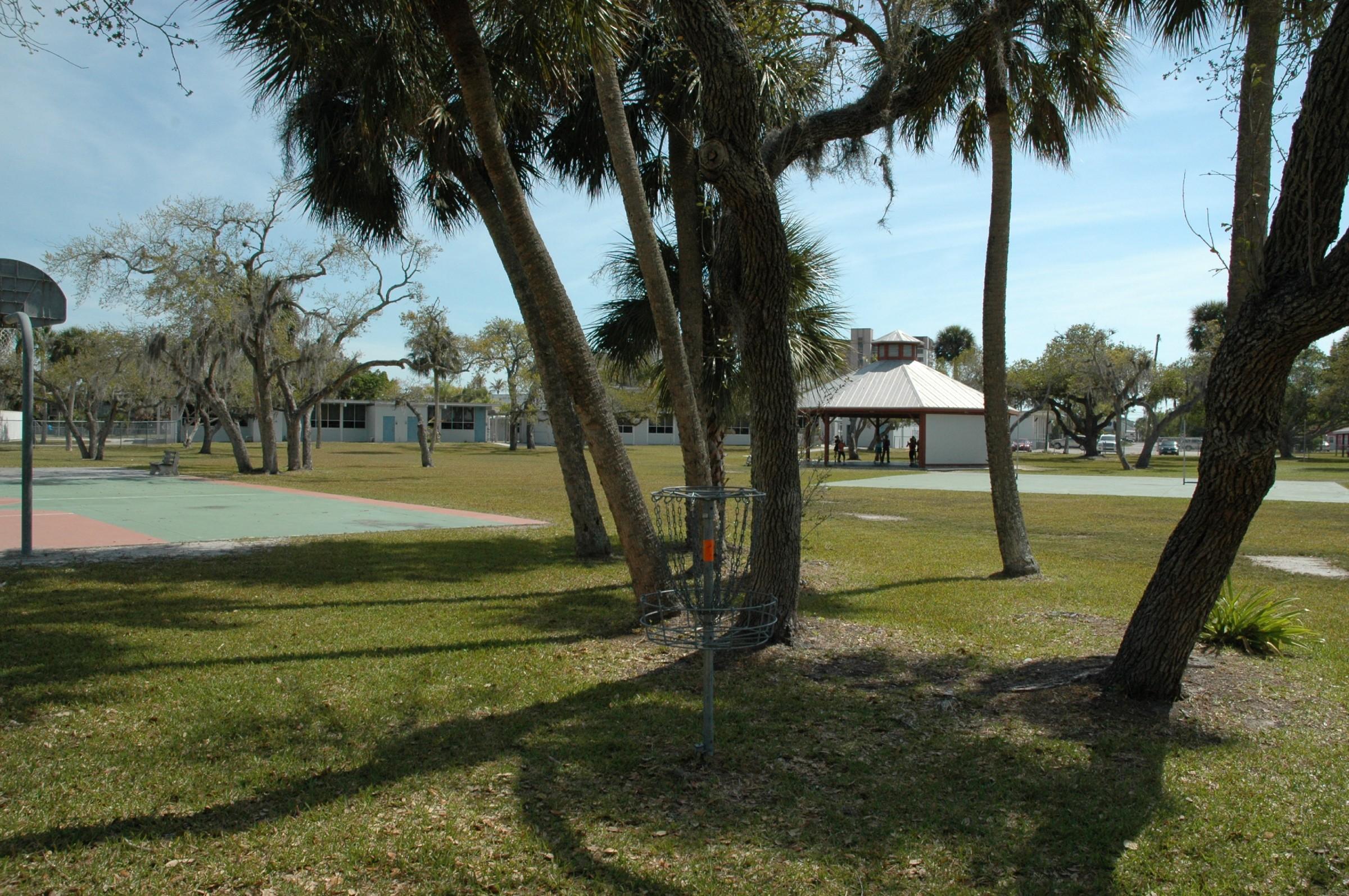 Hole 15 Bay Oaks Fort Myers Beach Fl Disc Golf