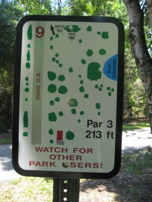Easterlin Park, Main course, Hole 9 Tee pad