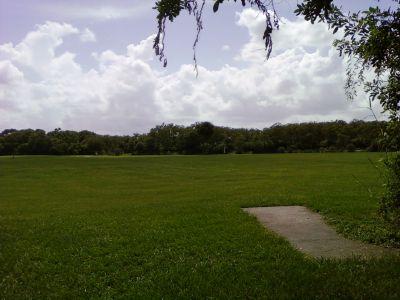 Tradewinds Park, Main course, Hole 8 Short tee pad