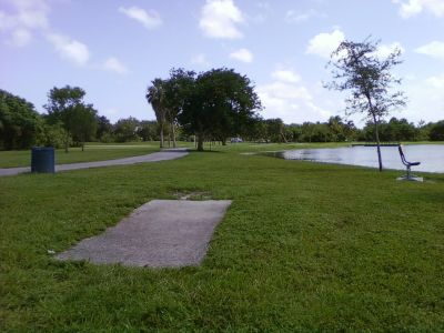 Tradewinds Park, Main course, Hole 6 Tee pad