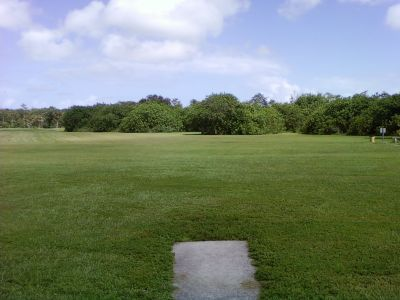 Tradewinds Park, Main course, Hole 9 Short tee pad