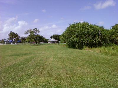 Tradewinds Park, Main course, Hole 4 Midrange approach