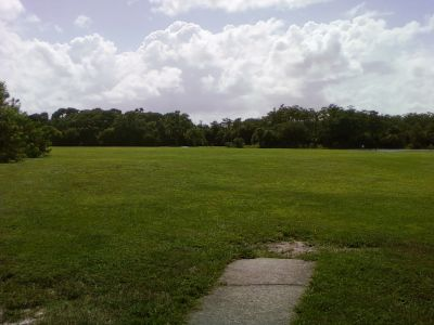 Tradewinds Park, Main course, Hole 11 Tee pad