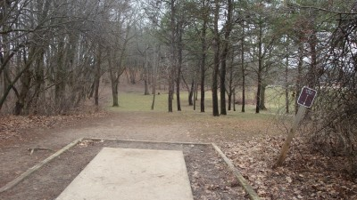 Cold Brook Park, Main course, Hole 4 Tee pad