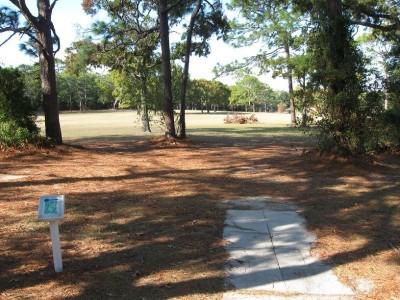 Ed Austin Park, Main course, Hole 18 Long tee pad