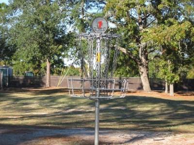 Ed Austin Park, Main course, Hole 1 Putt