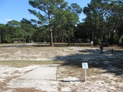 Ed Austin Park, Main course, Hole 13 Long tee pad