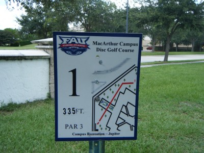 FAU - MacArthur Campus, Main course, Hole 1