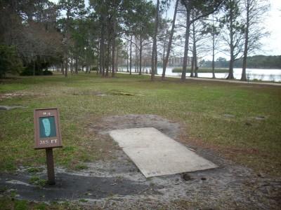 Taylor Park, Main course, Hole 4 Tee pad