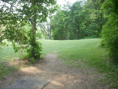 Goldenrod Disc Golf Course, Main course, Hole 18 Tee pad