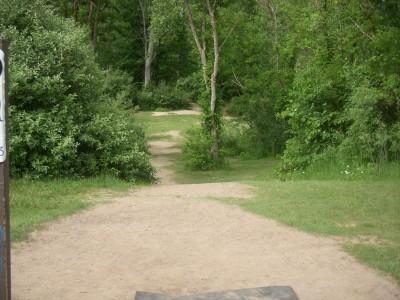 Goldenrod Disc Golf Course, Main course, Hole 5 Tee pad
