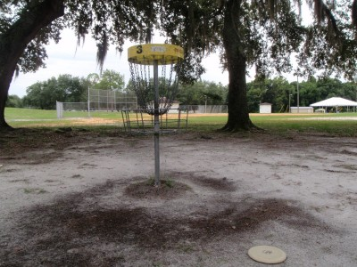 USF Riverfront Park, Main course, Hole 3 Putt