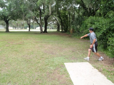 USF Riverfront Park, Main course, Hole 5 Tee pad