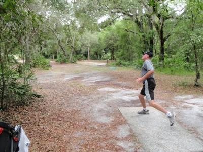 USF Riverfront Park, Main course, Hole 9 Tee pad